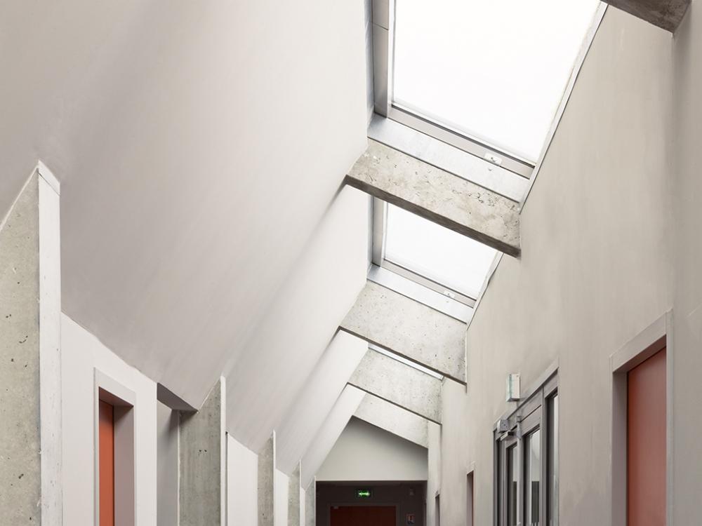 BDT Architectes | Vestiaire du Stade 06| J-C GARCIA Photographe.jpg