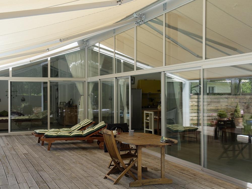 maison de lotissement. Black Bedroom Furniture Sets. Home Design Ideas